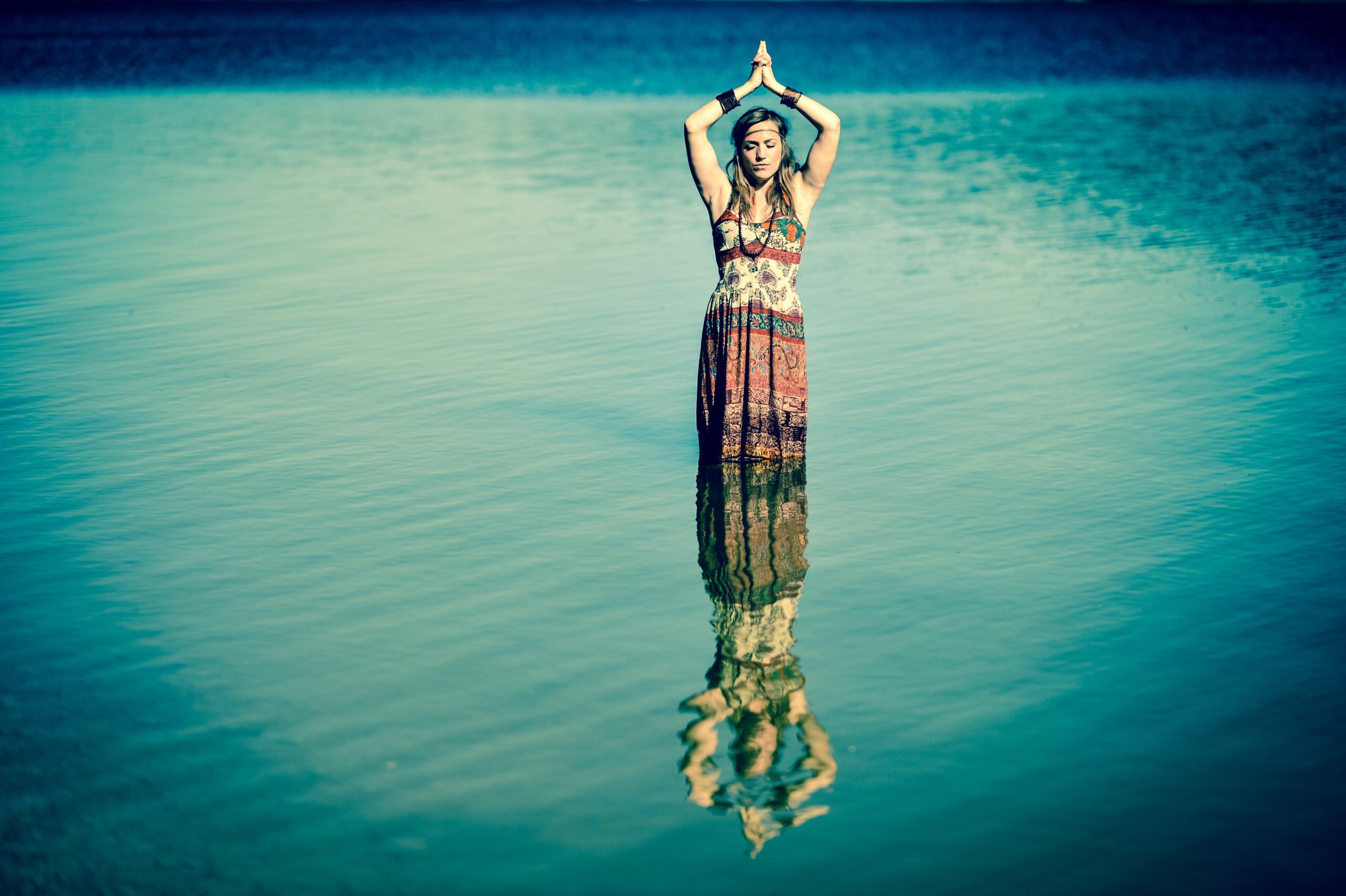 Luisa Roth Yoga in der Natur