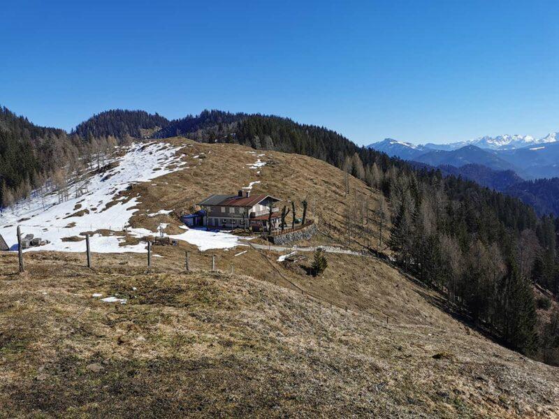 Ausblick auf die Taubenseehütte