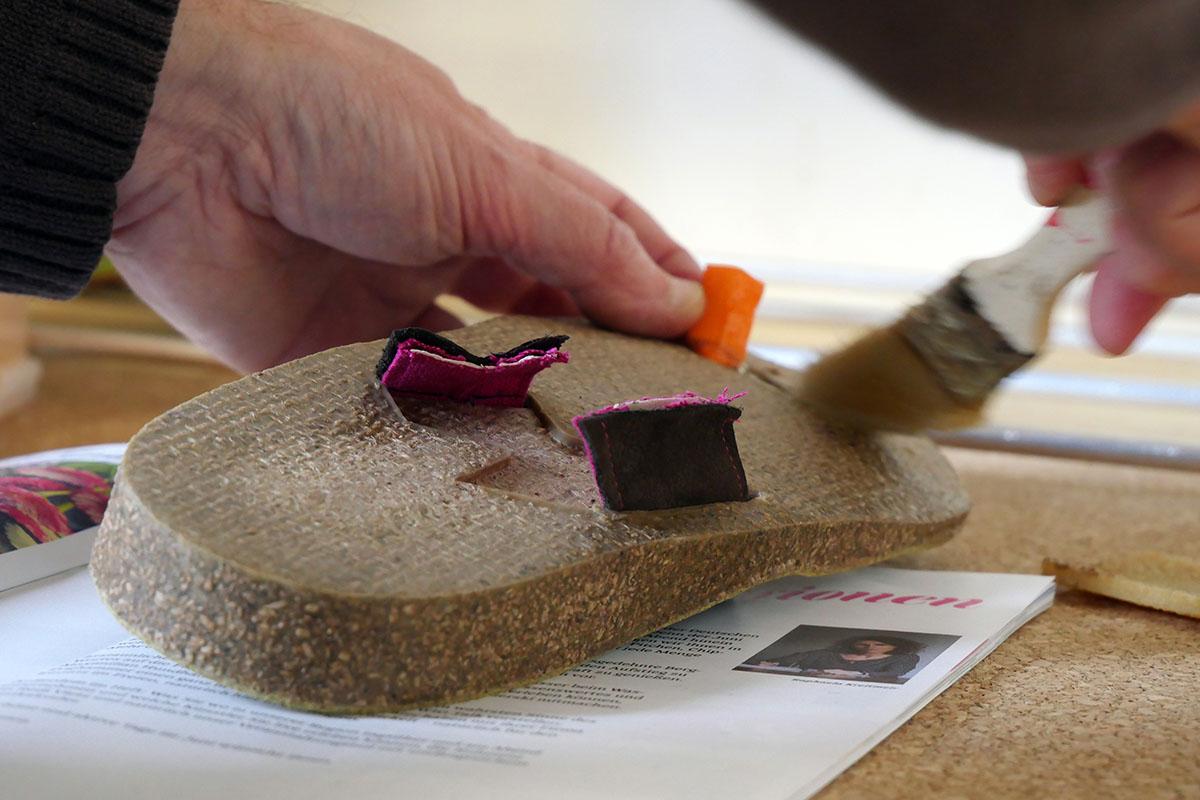 Doghammer Selfmade Kurs - Sohle ankleben