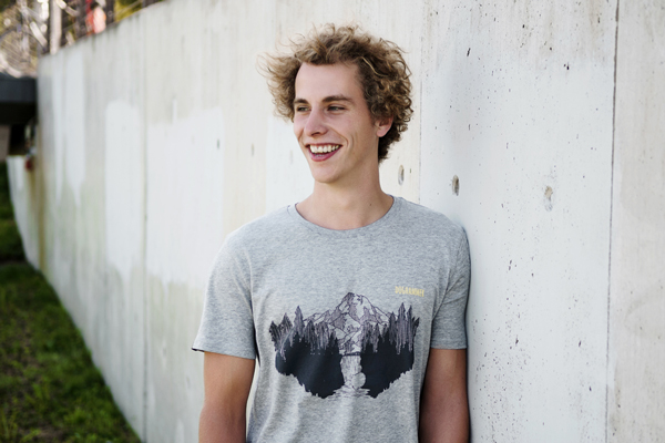 t-shirt-bergmotiv-doghammer-baumwolle-35c34b5f94b55d