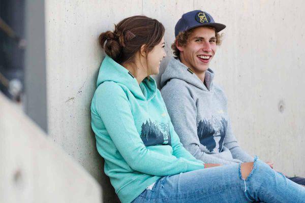 Alpen Paket Buam (Hoodie + T-Shirt)